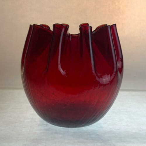 "Vintage Pilgrim #71 Ruby Red Crackle Glass Crimped Ribbon Bowl 5"" x  5"""