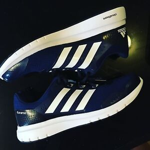 Men's shoes Adidas Duramos size 9 BRAND NEW