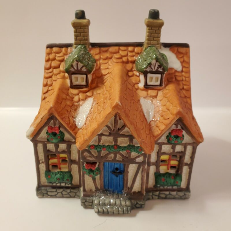 Cobblestone Corners Christmas Cottage ~ 2002 ~ Excellent Used Condition