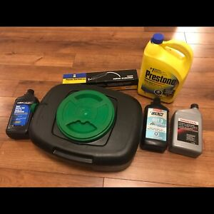 2000's Honda CR-V fluid maintenance essentials.