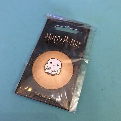 Hedwig Pin Badge HARRY POTTER Metal badge Owl