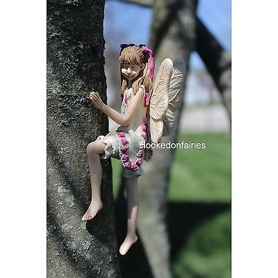 Miniature Tree Hugger Izzie  w metal hanger #116 Fairy Garden Dollhouse