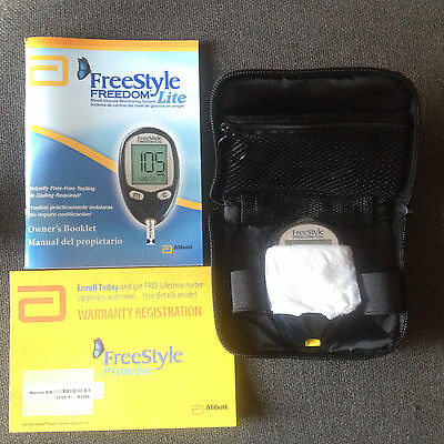 ABBOTT FREESTYLE FREEDOM LITE BLOOD GLUCOSE MONITOR - METER & CASE **ONLY**
