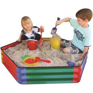 Kids 1.1m hexagonal sandpit