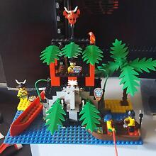Lego #6264: Forbidden Cove Hope Valley Tea Tree Gully Area Preview