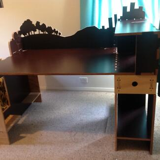 Laser level gumtree australia free local classifieds large funky formwood desk fandeluxe Images