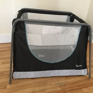 Brand New Baby Bassinet/Portable Playpen!