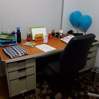 study table V good condition.. 180 cm x 80 cm + Chair