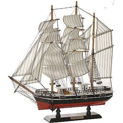 Passat Segelschiff Großsegler Holz ca. 45 cm Deko Standmodell Neu