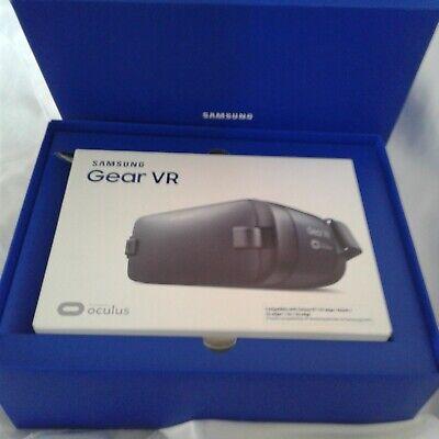 Samsung Gear VR Goggles. Model SM-R323NBKAXAC