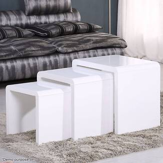 Voilamart Nest of 3 High Gloss Tables Stackable Side Coffee Table