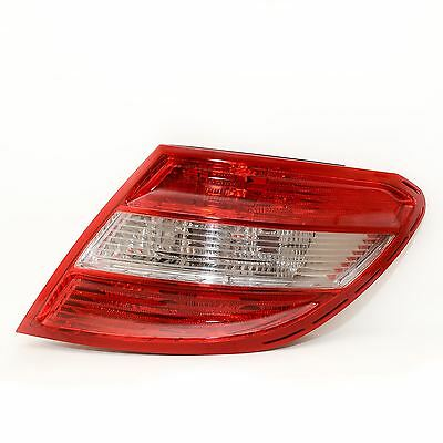 MERCEDES BENZ C CLASS W204 SALOON 2007-2010 REAR TAIL LIGHT DRIVERS SIDE O/S