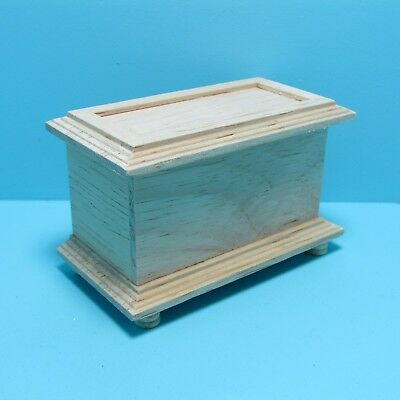Dollhouse Miniature Unfinished Wood Blanket  Chest / Toy Box ~ CLA08627 (Unfinished Wood Chest)