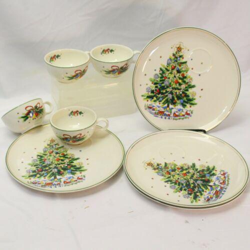 Salem Christmas Eve Buffet Snack Set 4 Cups 4 Plates