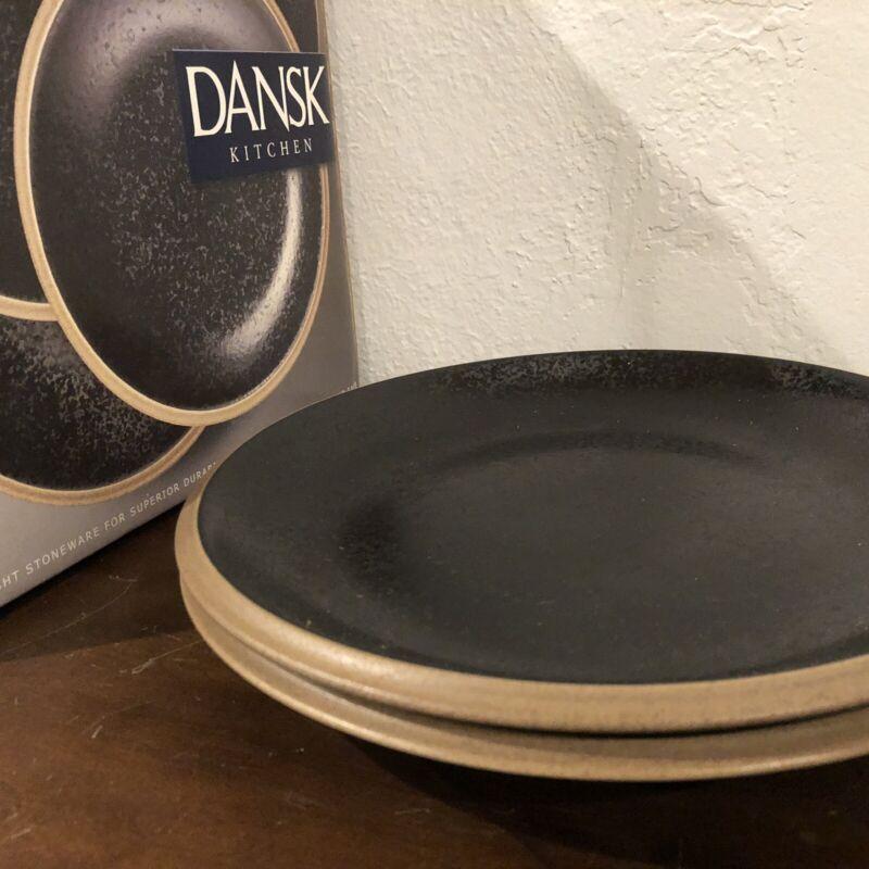 """SET OF 2 DANSK SANTIAGO BLACK DINNER PLATES 10 1/4"""""""
