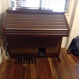 Kawai electronic organ  Birkdale Redland Area Preview