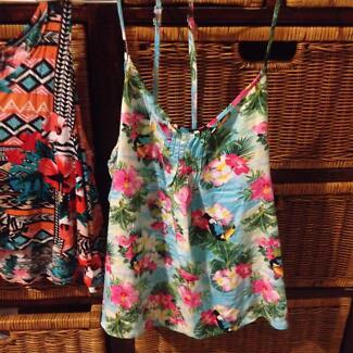 Summer dresses, singlets 8, 10