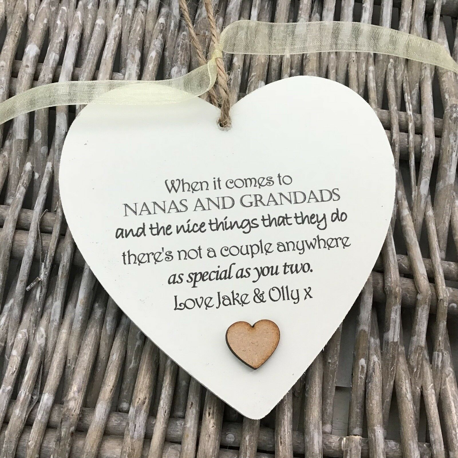 Shabby personalised Gift Chic Heart Plaque GRANDPARENTS Nana Grandad Or ANY NAME