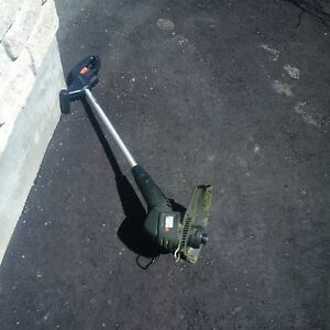 Black and Decker Electric grass trimmer