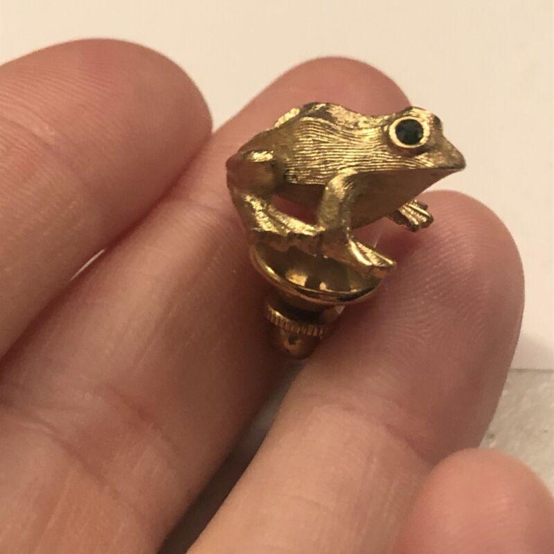 Gold Tone Avon Frog Pin Lapel Pinback Tie Tack Green Rhinestone Eyes