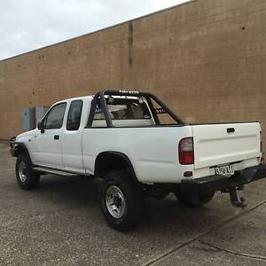 QUICK SALE- 1999 Toyota Hilux Ute - EXTREMELY RELIABLE Wingfield Port Adelaide Area Preview