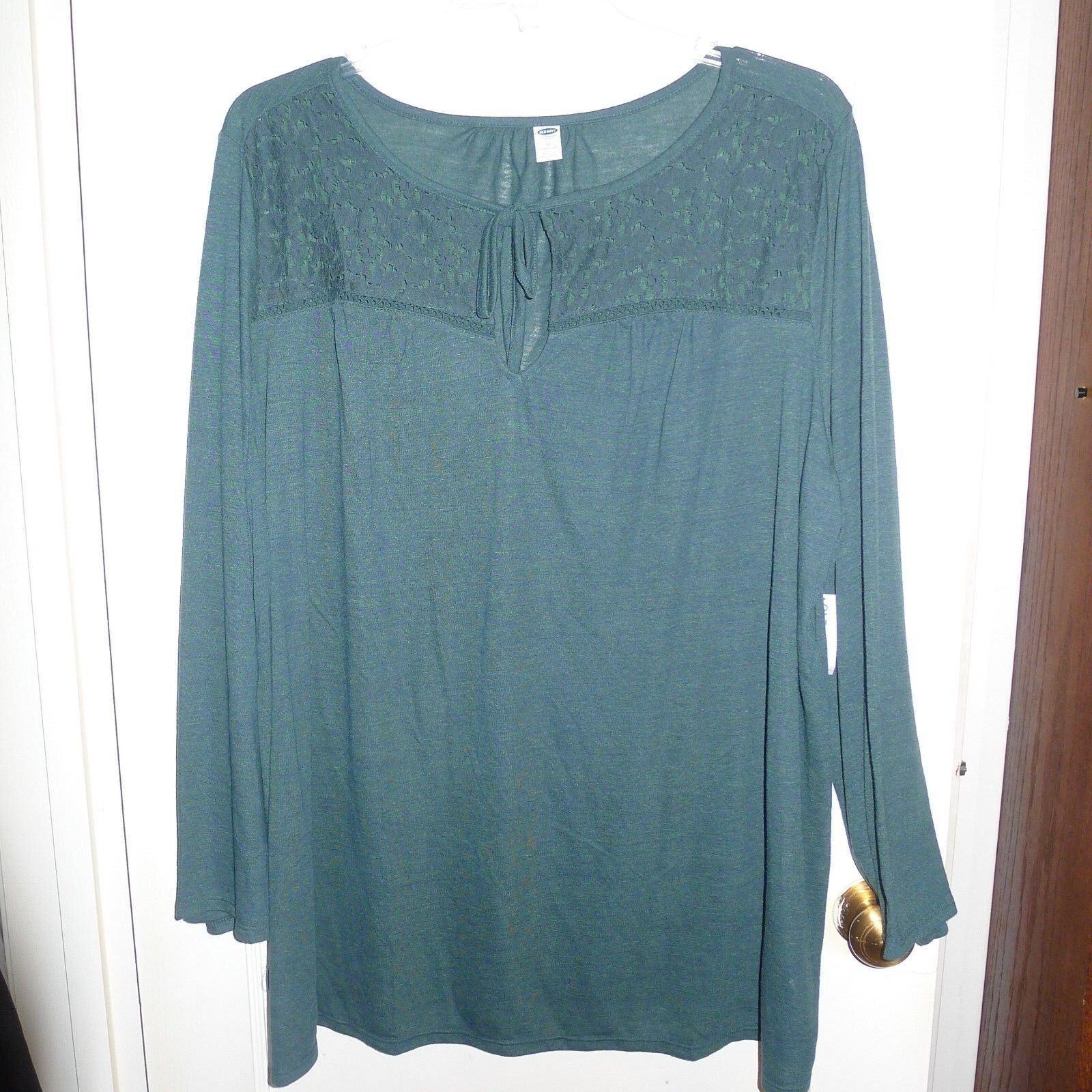 New W/ Tags - Old Navy Plus Size Lace Yoke Tie Neck Top 3X Dark Green - $20.99