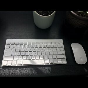 Apple mouse and keyboard - wireless, battery operated