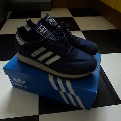 Adidas OG New York UK 8.5 Eur 43 Navy Blue