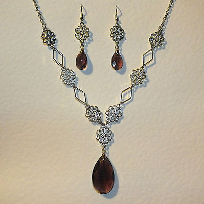 LACY FILIGREE VICTORIAN STYLE PLUM PURPLE GLASS SILVER PL NECKLACE EARRINGS SET