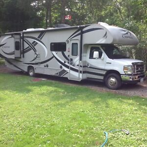 RV 31ft Thor Chateau, like new Ford E450 low mileage