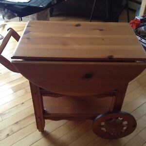 SOLID PINE WAGON SERVE TABLE 29WX32L..$65 FIRM