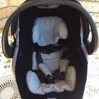 Wanted: Britax Unity Capsule Excellent condition