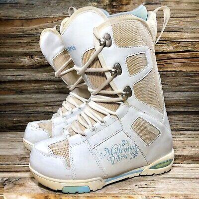 Millenium Three White Snowboard Boots Women US 7