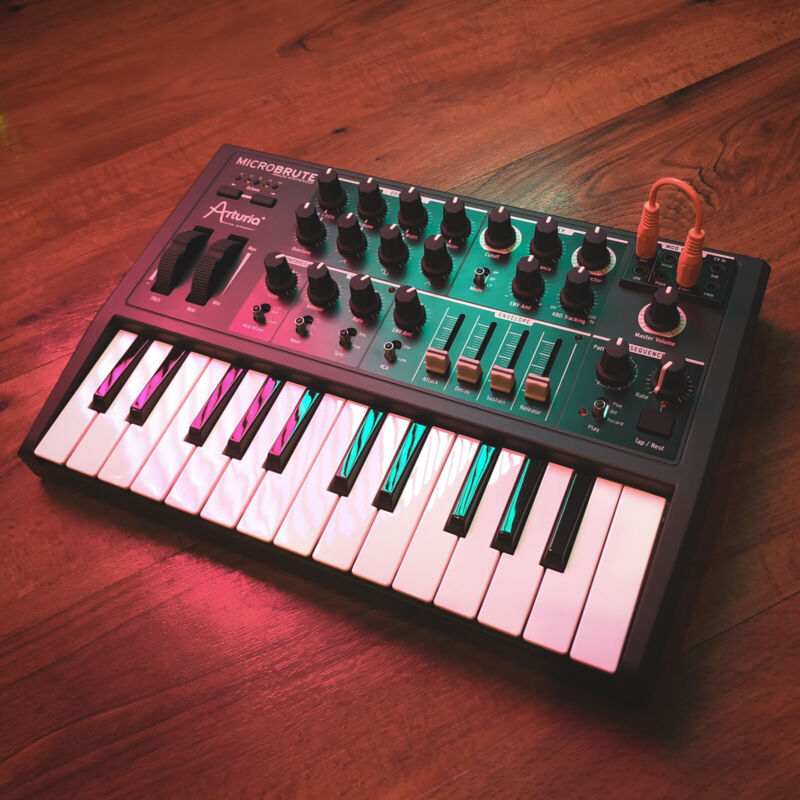 Barely Used Arturia MicroBrute Analog Synthesizer In GREAT Condition!