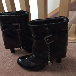 Exte brand name Italian boots **New**