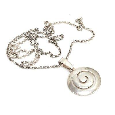 Sterling Silver Circular Swirl Cutout Pendant w/18