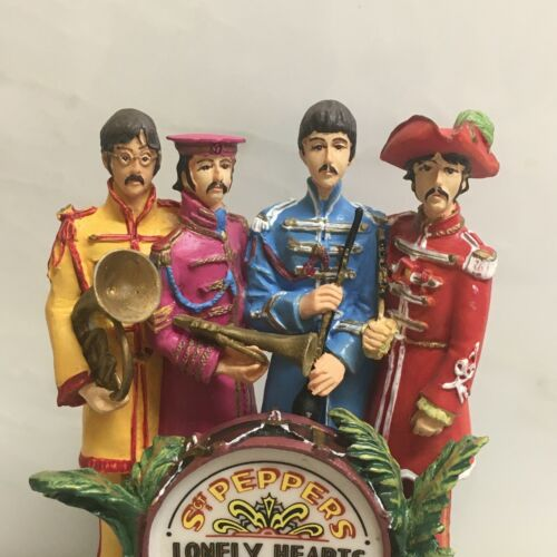 """THE BEATLES - FRANKLIN MINT """"SGT. PEPPERS L/H/C/B"""" LTD. MUSIC DOME FROM 1997/8."""