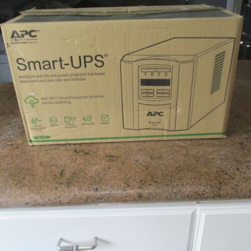 APC by Schneider Smart-UPS SMT 750C 120V