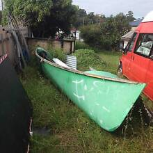 FREE  8m Ex Surf Life Saving Boat Cardiff Lake Macquarie Area Preview