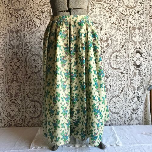 Polish Highlander Folk Dance Skirt Floral Wool Challis M