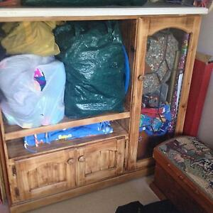 Timber tv unit South Windsor Hawkesbury Area Preview
