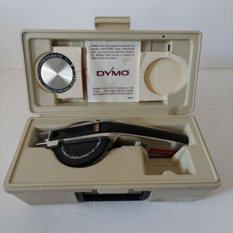 Dymo Deluxe Tape Writer Kit 1570 with Case In Great Condition Made in USA