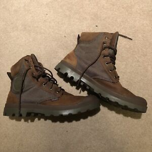 Palladium Boots Mens 9.5 Waterproof Leather