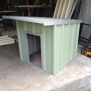 Large dog kennel Bargo Wollondilly Area Preview