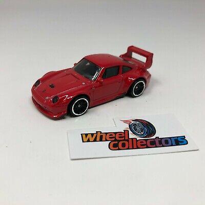 Porsche 993 GT2 * Hot Wheels LOOSE 1:64 Diorama * F598