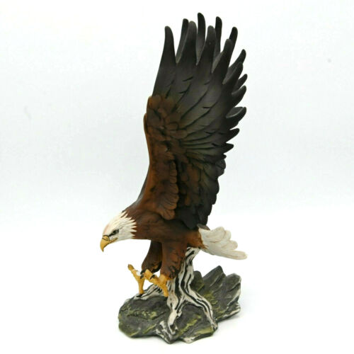 1986 Masterpiece by Homco American Bald Eagle Porcelain Figure hand painted