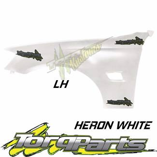 REPLACEMENT LH GUARD HERON WHITE SUIT VE COMMODORE HOLDEN 06-13