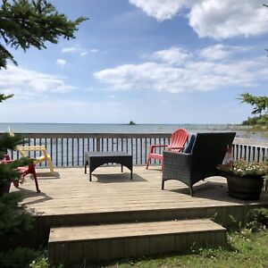 Lake Huron, Waterfront Cottage Rental - Fall Dates Available