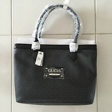Genuine Guess bag & matching wallet. Aberglasslyn Maitland Area Preview