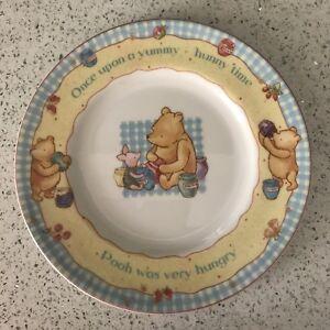 Royal Doulton plate Pooh Bear